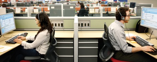 İş bulmak başlı başına bir iştir, iş ilanlarına bakmak tek başına yeterli değildir.